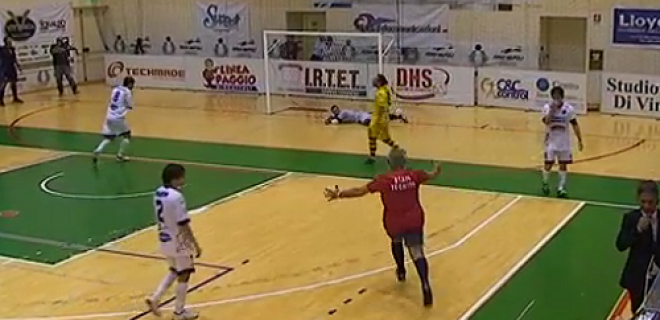 Futsal gol