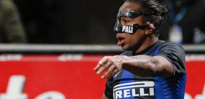 Inter Alvaro Pereira mascherina