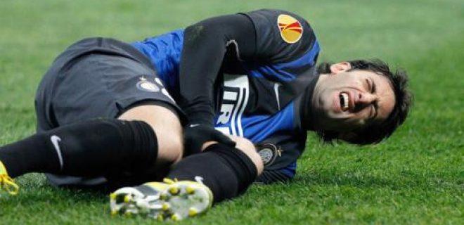 Inter-Cluj infortunio Milito ginocchio