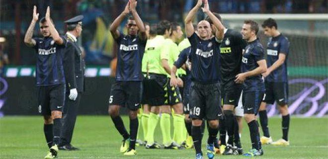 Inter-Fiorentina saluto squadra
