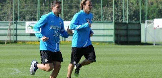 Inter allenamento Appiano Forlan Zarate