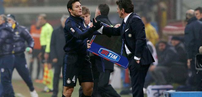 Javier Zanetti Walter Mazzarri Inter-Parma sostituzione