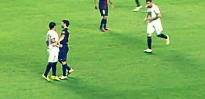 Sevilla-Barça red card Medel