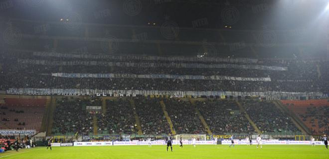 Striscioni addio Moratti