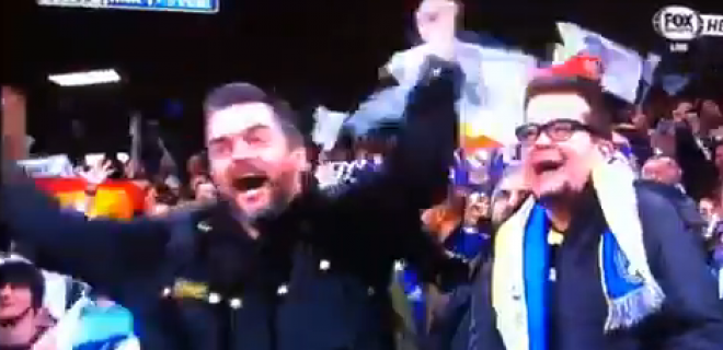 Tifoso disabile gesto dell'ombrello Real-Barça