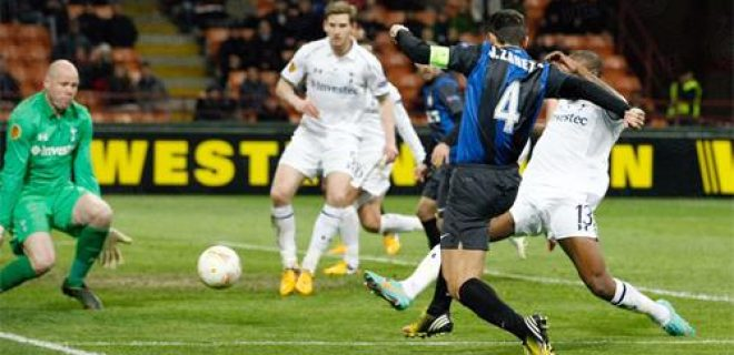 Zanetti Inter-Tottenham