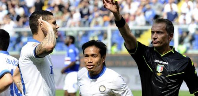 ammonizione Icardi Valeri Sampdoria-Inter